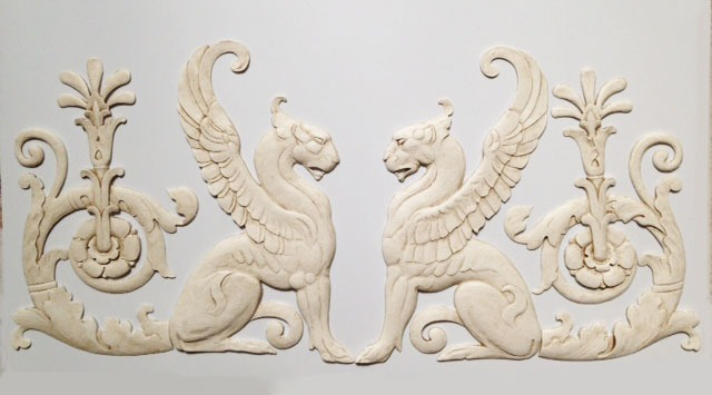 Right and left facing Griffins